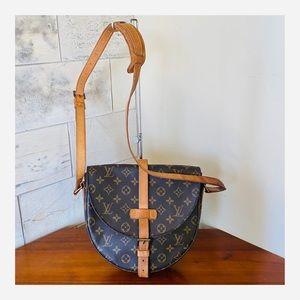 AUTHENTIC LOUIS VUITTON CHANTILLY GM SHOULDER BAG